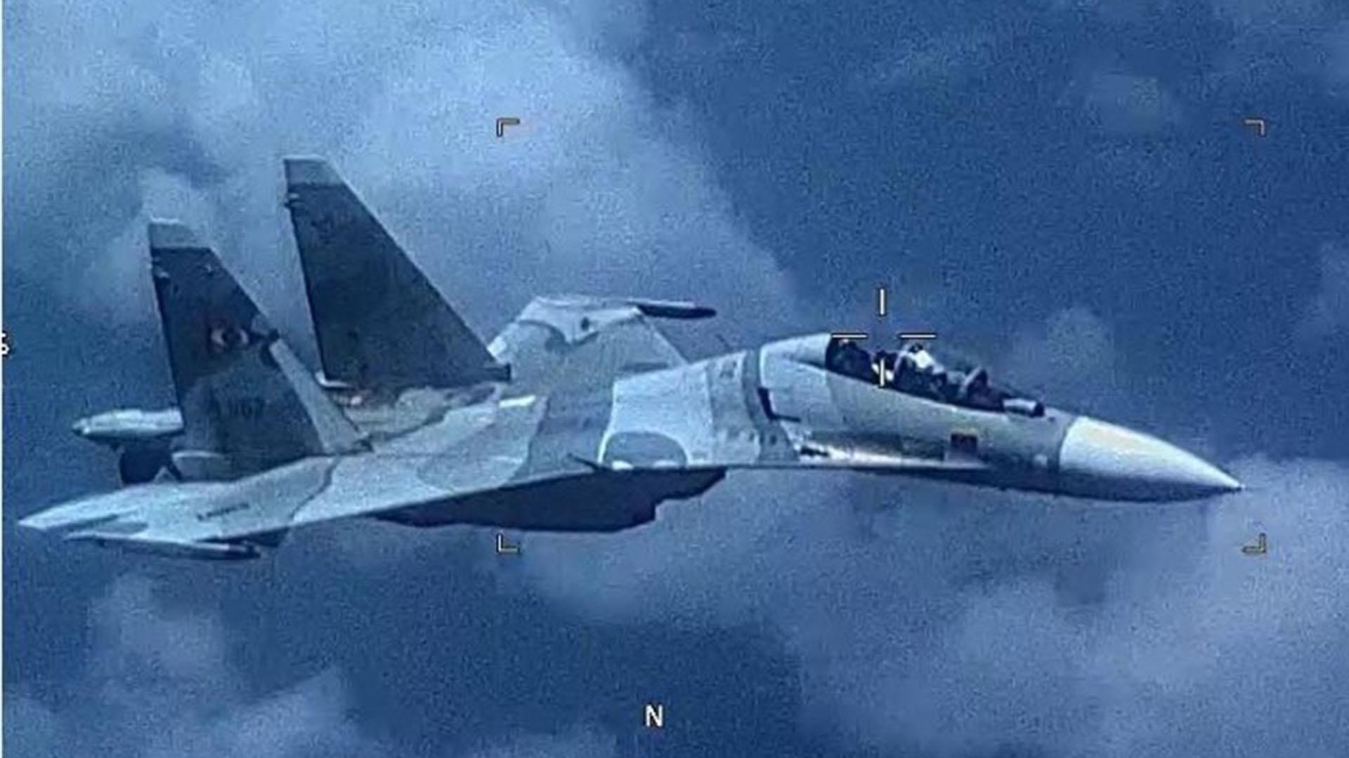 Colombia - Página 11 T_8fd6393836cf46cdb0523f09eaba4cec_name_Cazas_venezolanos_interceptaron_a_un_avion_de_reconocimiento_de_Estados_Unidos__2_