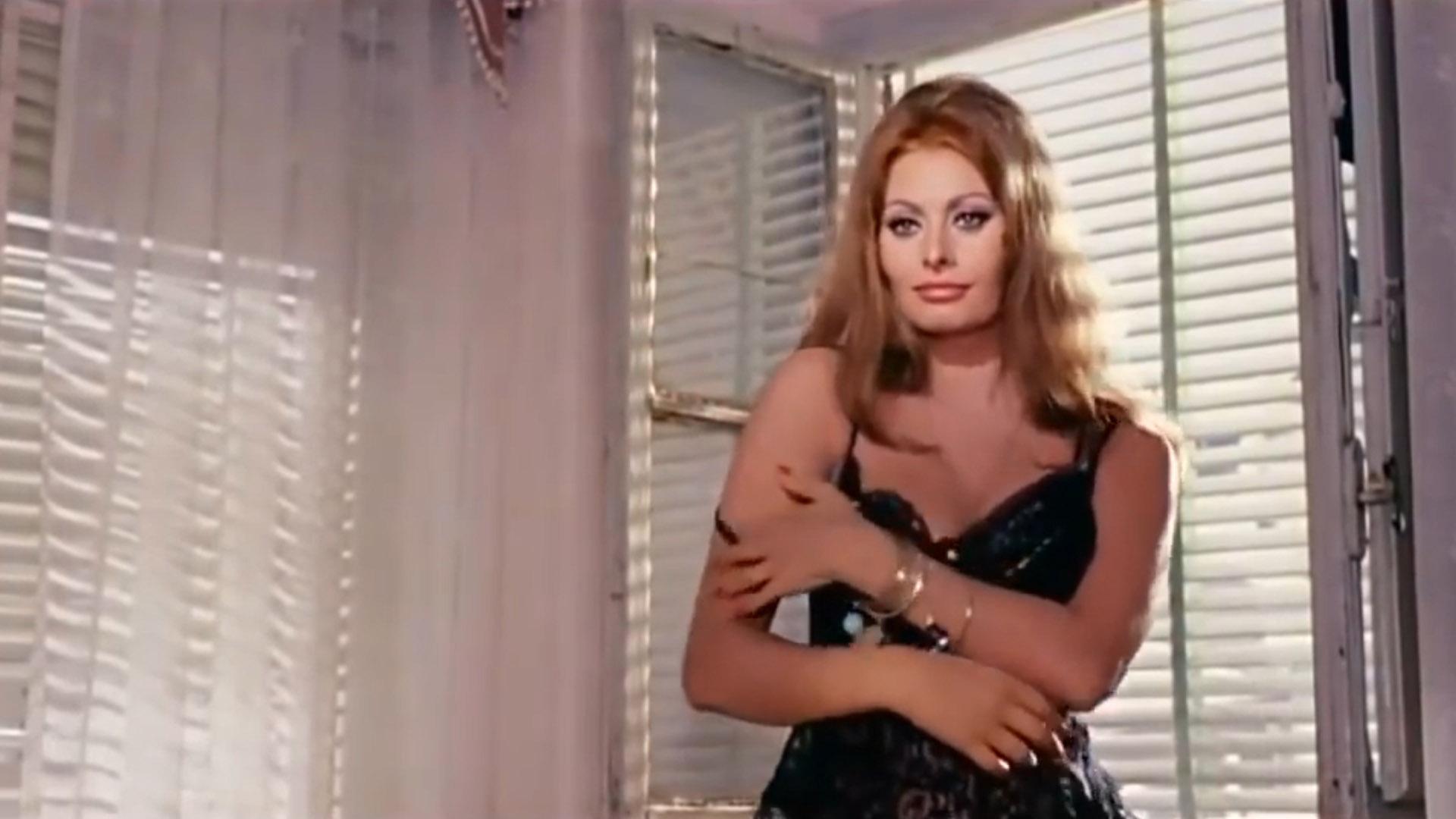 Resultado de imagen para Los 85 de Sofía Loren, una belleza de todos los tiempos
